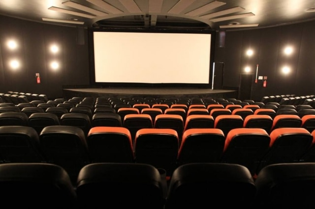Filmes italianos terão legendas em português.