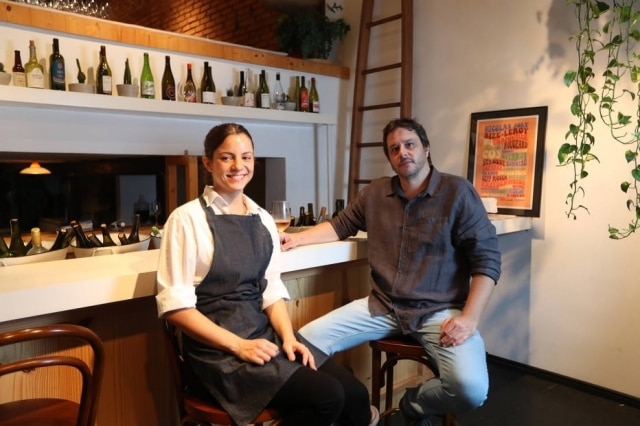 Parceira. A chef Elisa Fernandes e Guilherme Mendes, do Clos Wine Bar