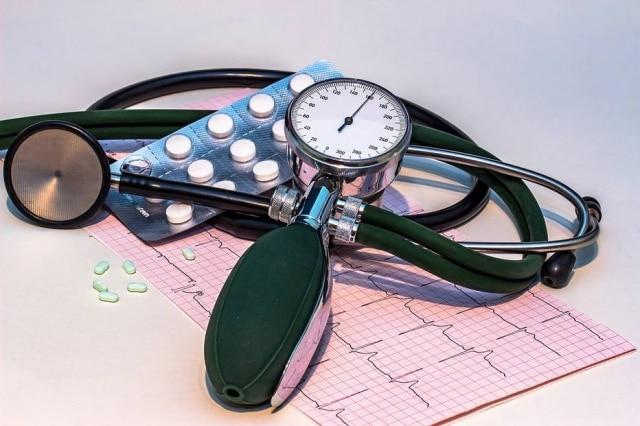 Dia Mundial da Saúde tem evento que promove exames de glicose e pressão arterial no Parque do Povo, em São Paulo.