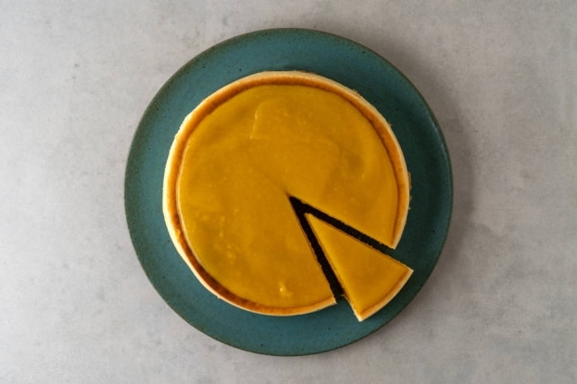 Cheesecake de manga, novidade da confeitaria Marilia Zylbersztajn.