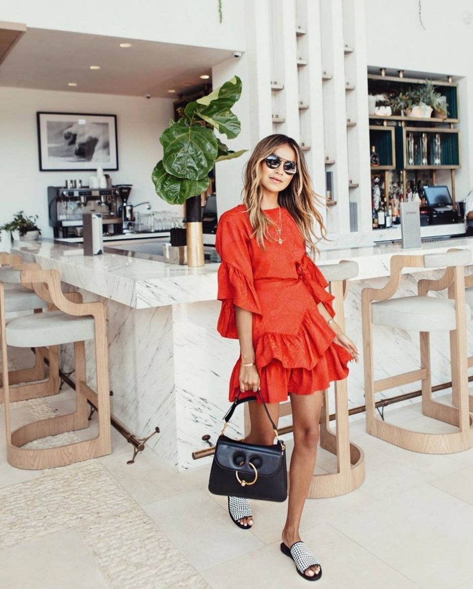 Instagram/ @sincerelyjules