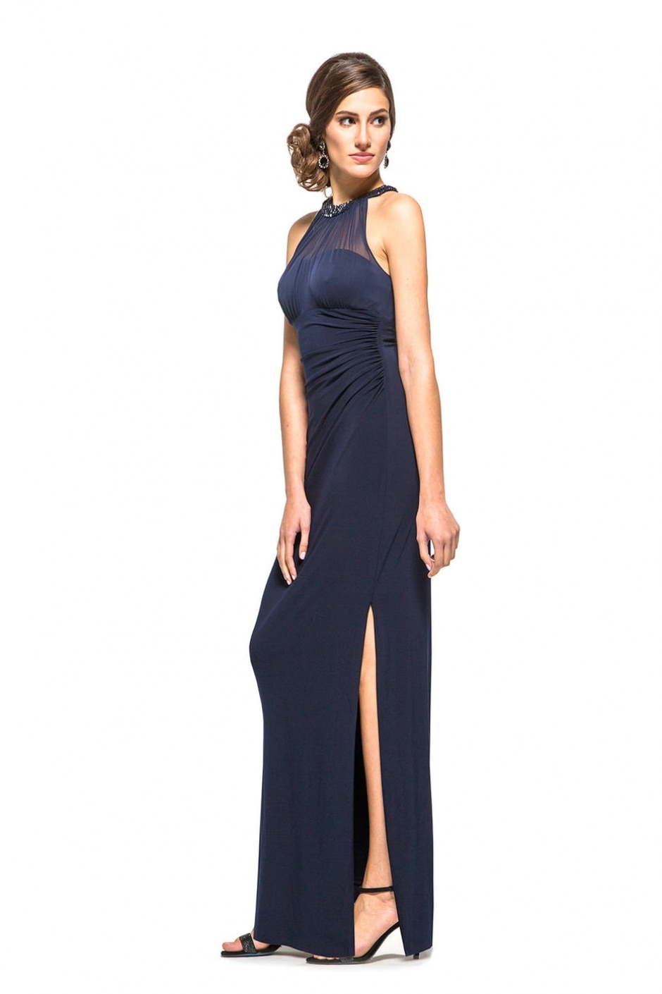 6cde7aa83 Lojas oferecem aluguel de vestidos de estilistas badalados - Emais ...