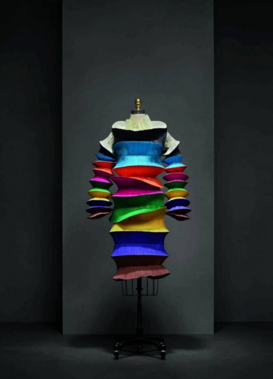 Nicholas Alan Cope/ Issey Miyake Foundation e Metropolitan Museum of Art